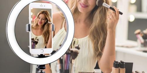 Предлагаем заказать кольцевую лампу для фото- и видеосъемки по доступной цене